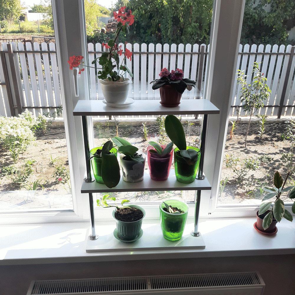 Полка для цветов и рассады на подоконник «Лесенка-2»